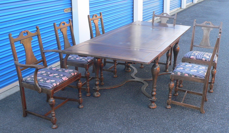 Grand Rapids Chair Company Dining Set
